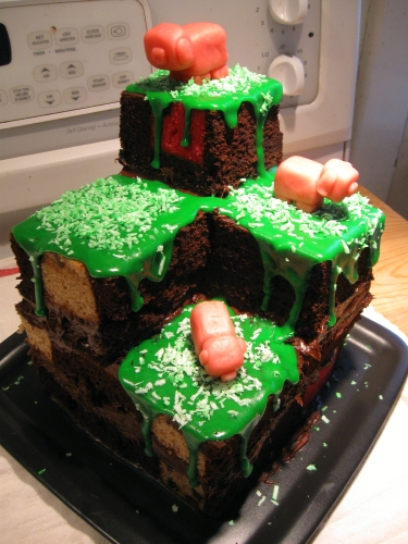 DIY: Minecraft Terrain Block Cake